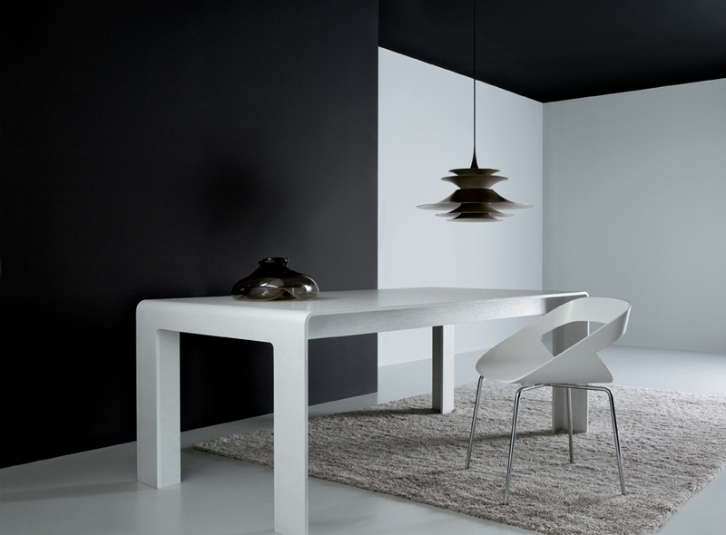 Dining Table 04810