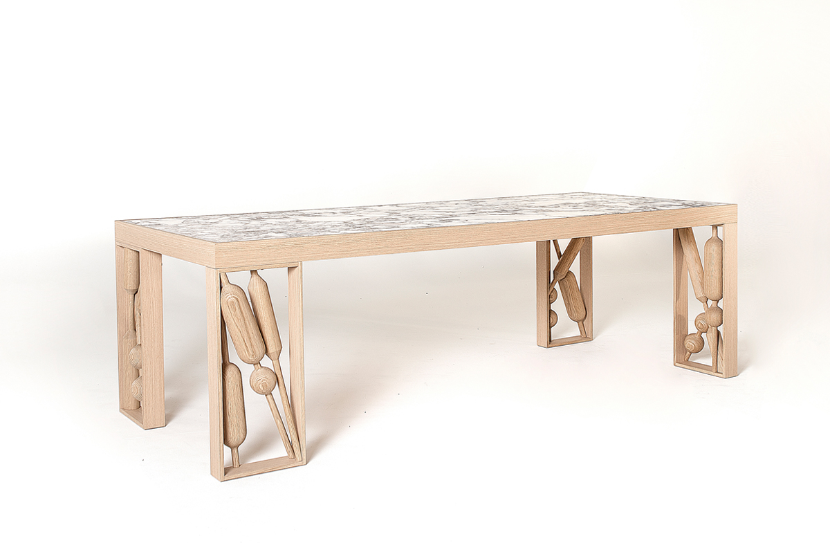 Dining table 04900