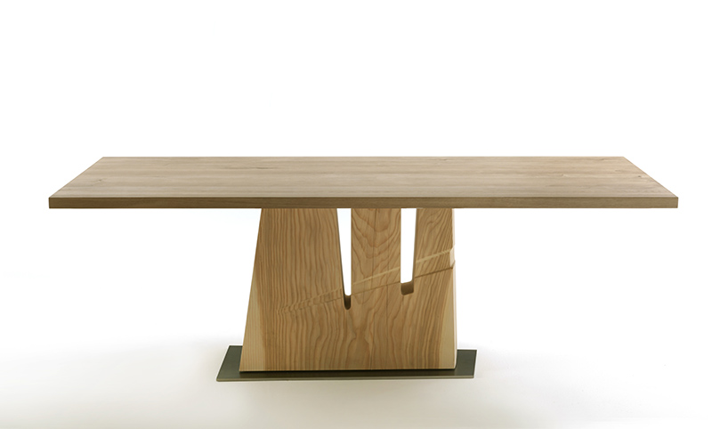 Dining Table 06089