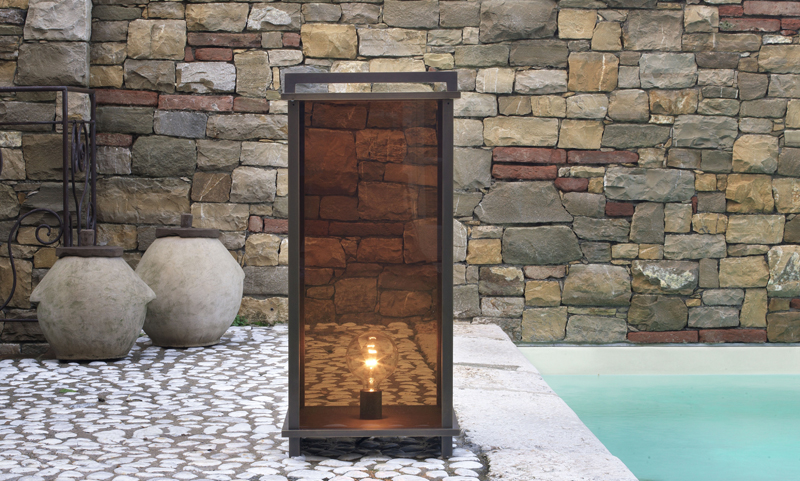 Outdoor Lamp 09370.