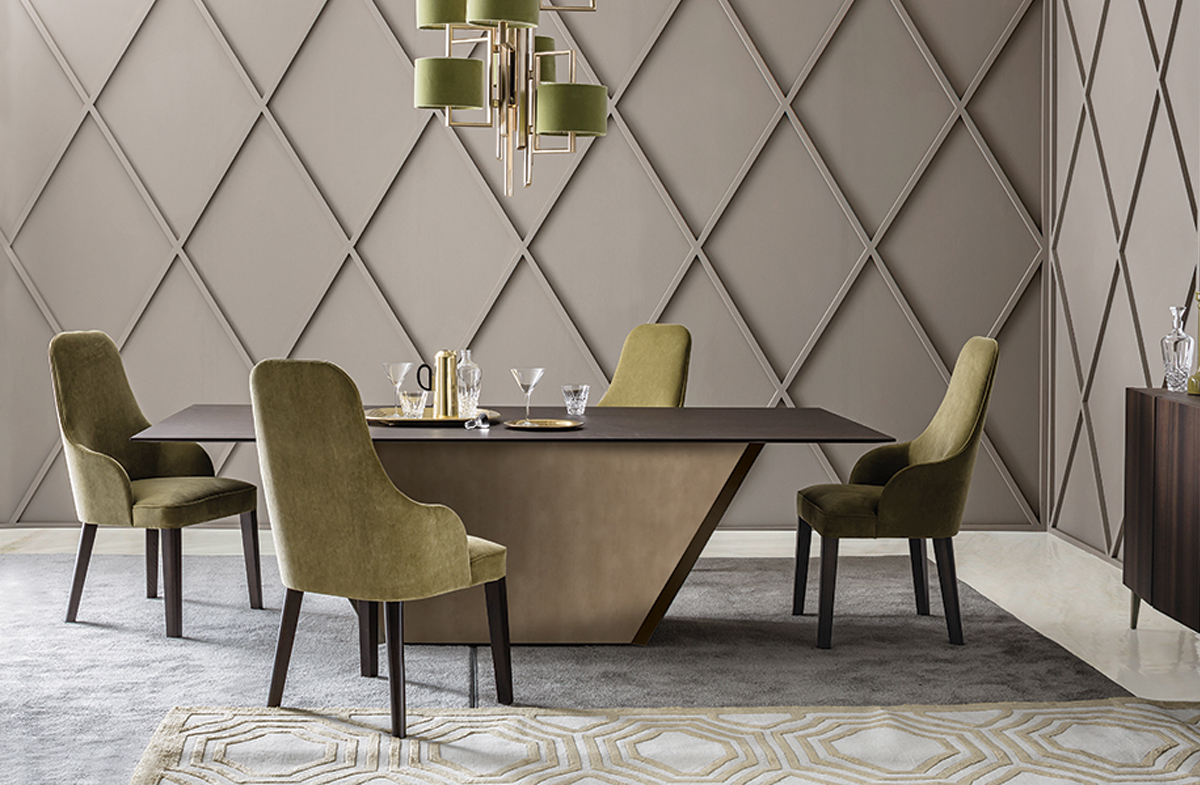Dining Table 10823