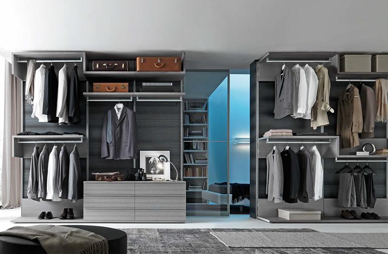 Walk In Closet 02965