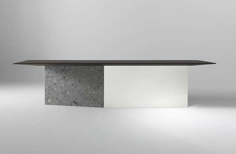 Dining Table 04918