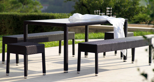 Outdoor Seating 09446