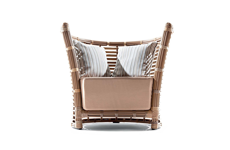 Outdoor Occasional Chair 09507