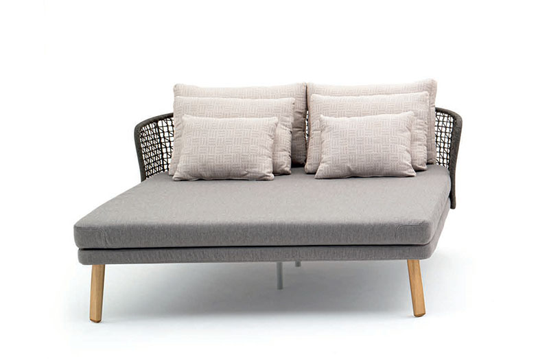 Outdoor Chaise 09557