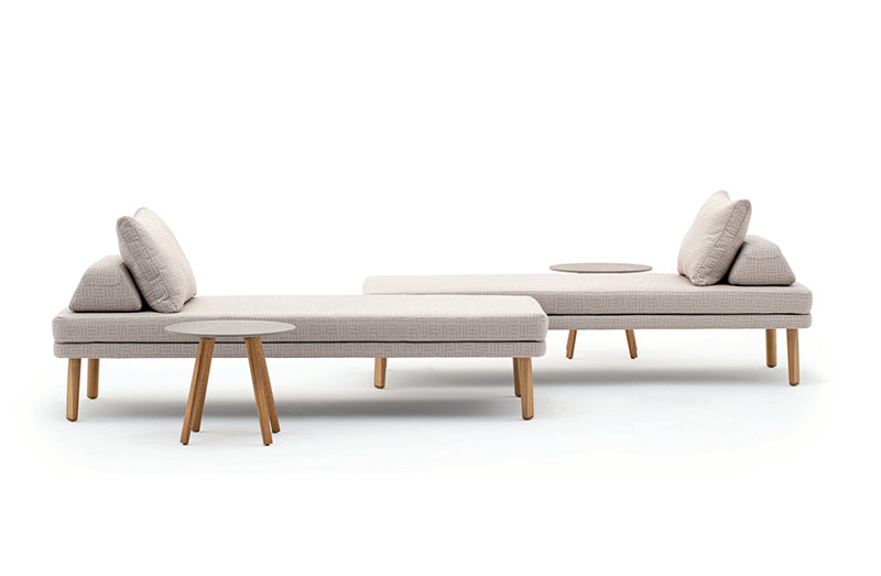 Outdoor Chaise 09558