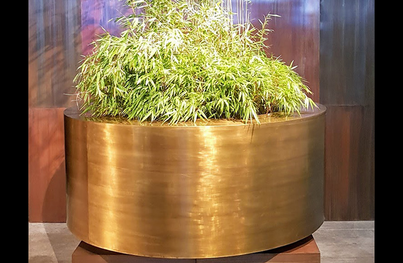 Indoor / Outdoor Planter 15017